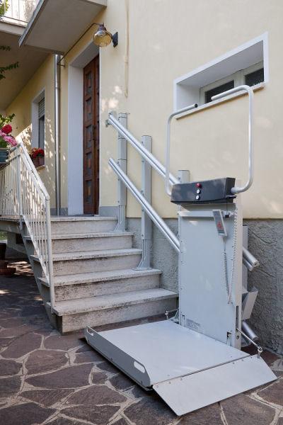 engelli asansörü merdiven fiyatı platform tekerlekli sandalye için